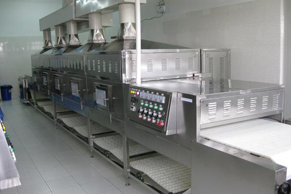 微波加热设备与食品成分的交互作用