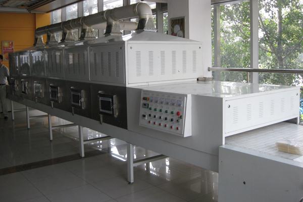 怎样选择工业微波设备厂家?