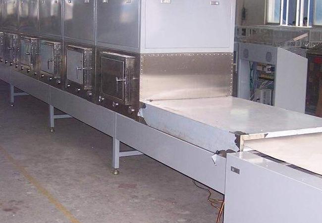 木材微波干燥设备的种类以及用途