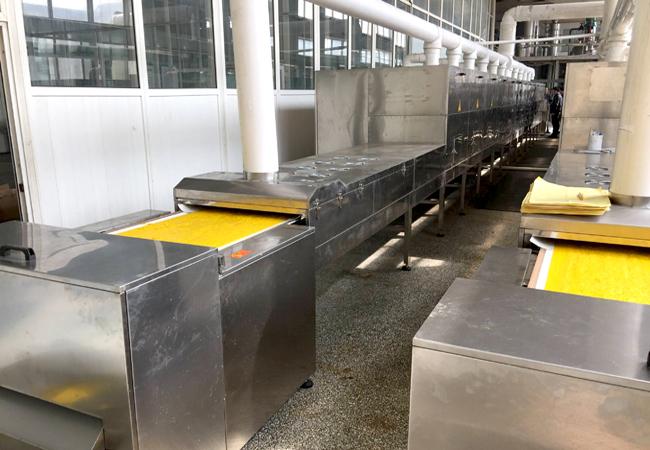 食品香料烘干生产线选用微波干燥设备提升产能