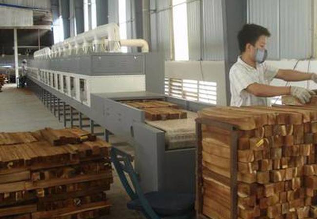 微波木材干燥的过程